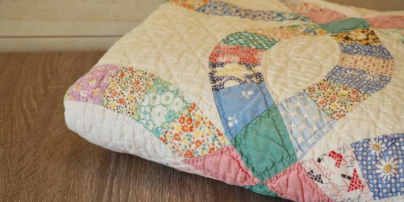 Old Quilts and Handmade Blankets
